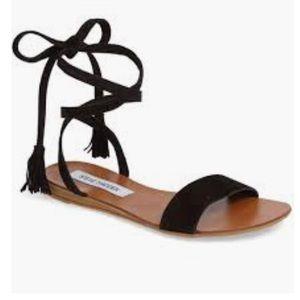 Steve Madden Kaara Flat Sandals